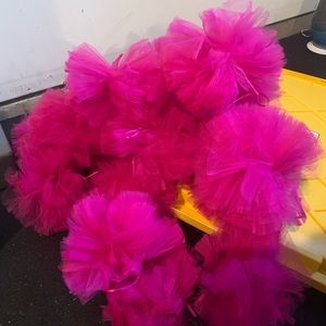 18 Party Decor Hot Pink Poofs